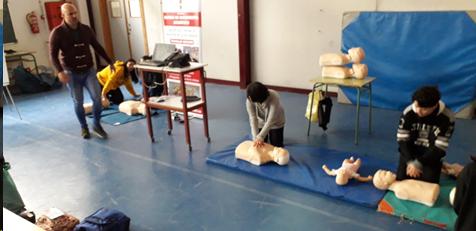 Imagen de la noticia: Sesiones de primeros auxilios de la Escuela de Socorrismo Profesional [Actualizado]